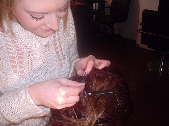 Silk Trends Hair Braiding Course - Adding weave tracks