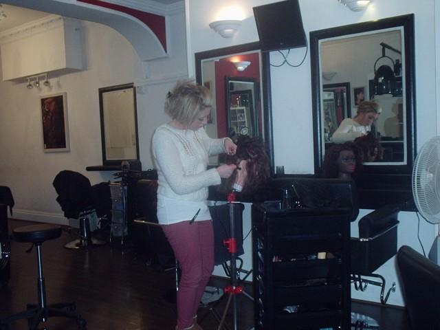 Silk Trends Hair Braiding Course.